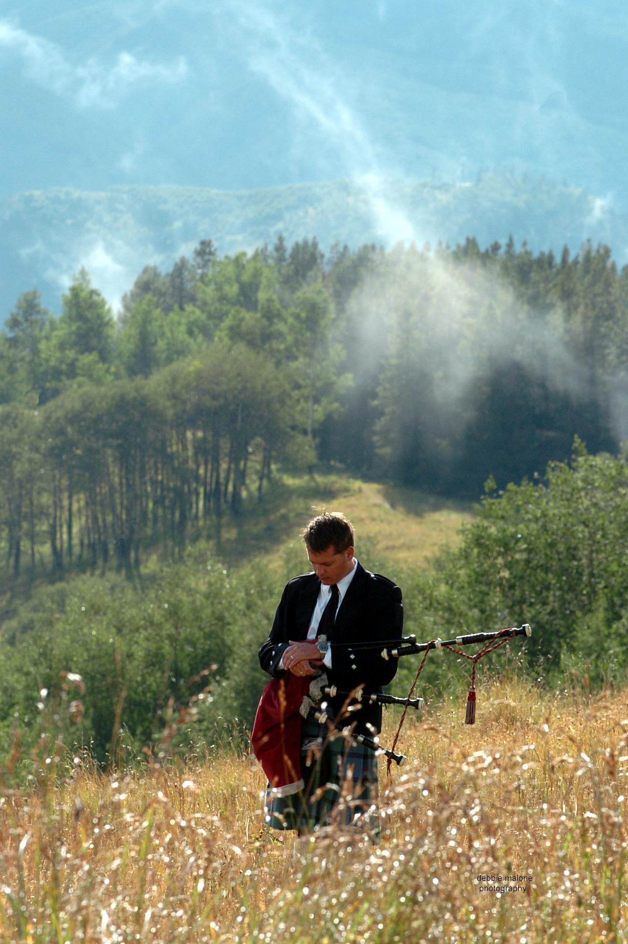 Colorado funeral bagpiper Michael Lancaster, photo by Debbie Malone